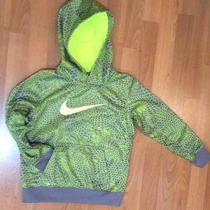 Boys NIKE Sweatshirt with Hood Great for Cool Days
